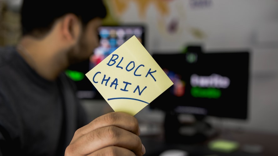 how blockchain technology is used in healthcare industry