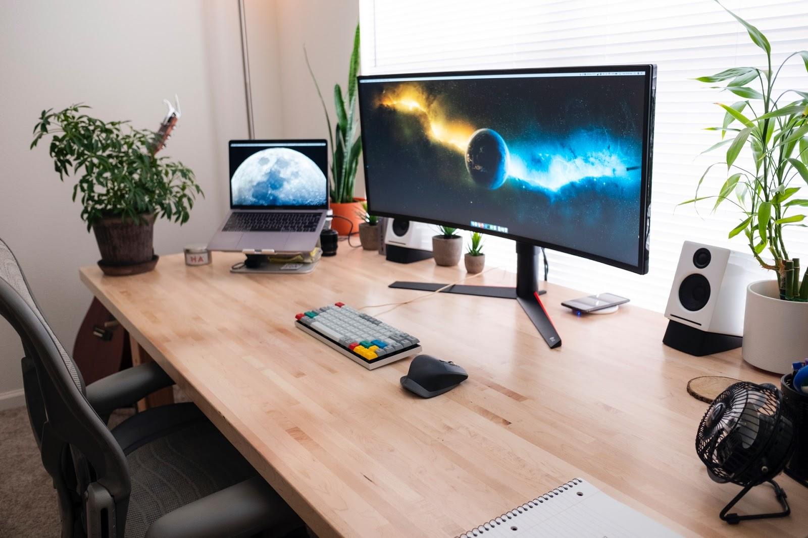 workstation, workstation optimization, how to optimize workstation, web development, web devices, computers, laptops, speakers, mouse and keyboard, web design